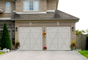 Steel Garage Door Photo 2